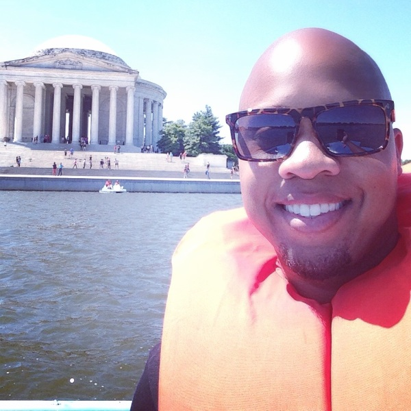 paddle boating on the potomac dc