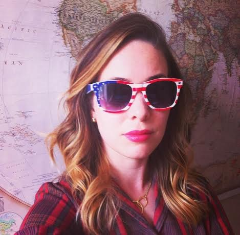 lyssa in american glasses