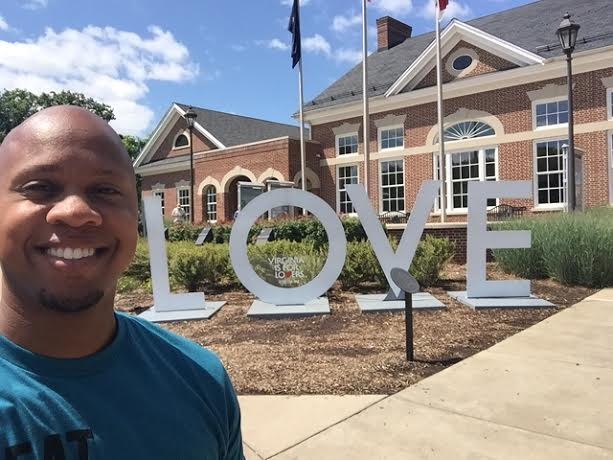 fredricksburg love sign